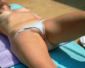 Wife-In-the-Backyard-Sunning-m7fbgaa0lk.jpg